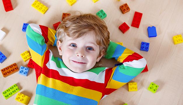¿Necesitan tus hijos jugar más para aprender mejor?
