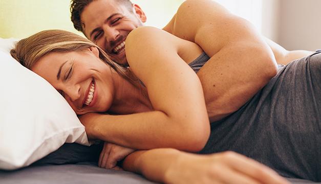 pareja sexo conexión