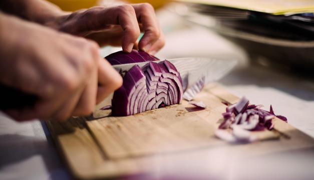 La cebolla combate enfermedades cardiovasculares y esconde muchas propiedades más