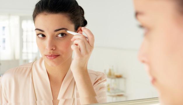 Sencillos consejos para mantener unas cejas impecables