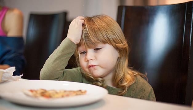 ¿Qué estoy haciendo mal con la alimentación de mi hijo?