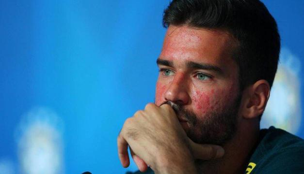 Lo que pudo haber afectado el rostro del portero Alisson Becker