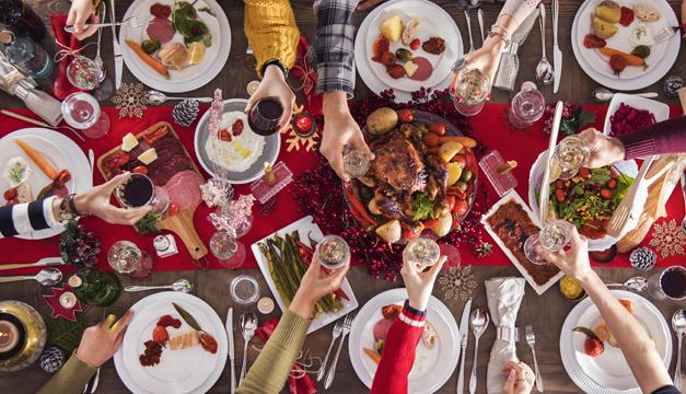 Consejos para que tu estómago no sufra durante las fiestas de navidad
