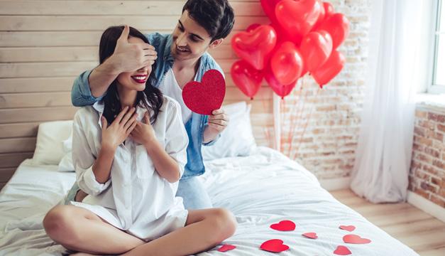 Ideas para celebrar San Valentín en la cama con tu pareja