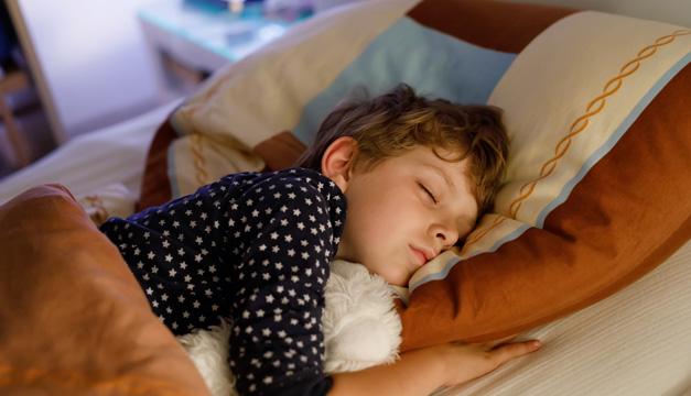 7 alimentos que ayudan a conciliar el sueño de los niños