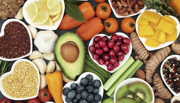¿Para qué sirven los antioxidantes y qué alimentos los contienen?