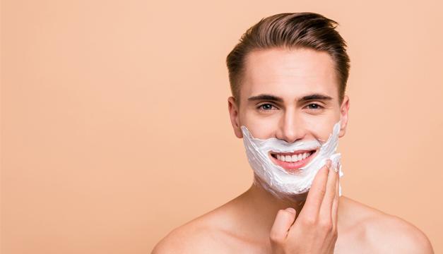Aprende a afeitarte como un profesional con estos 10 consejos