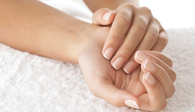 Pasos para hidratar tus manos después de utilizar alcohol gel