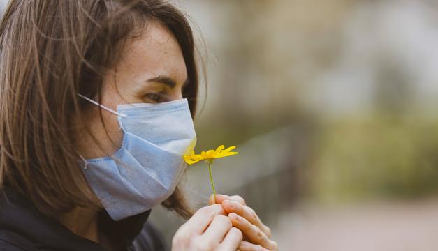 ¿Por qué perdemos el olfato si nos infectamos por el COVID19?