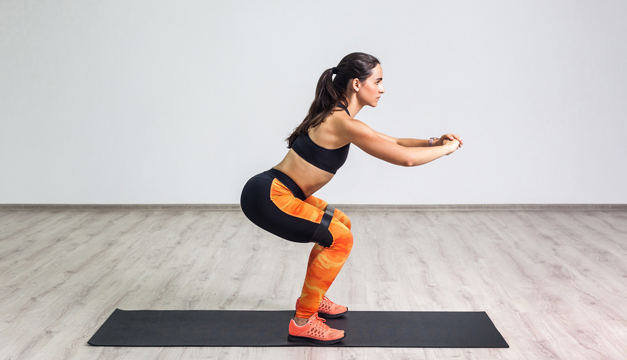 ¿No tienes tiempo para hacer ejercicio? ¡Mira estas opciones de rutinas de 5 minutos en el baño!