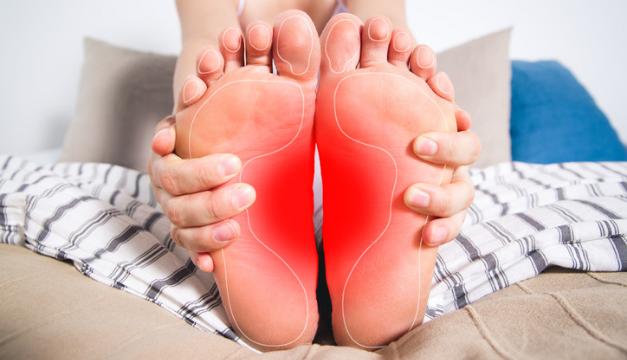 ¿Qué tratamiento existe para el pie plano?