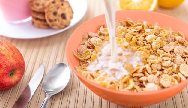 ¿Qué tan saludable es desayunar cereal todos los días?