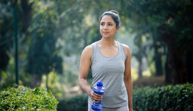 Caminar 30 minutos al día puede mejorar tu salud más de lo que te imaginas