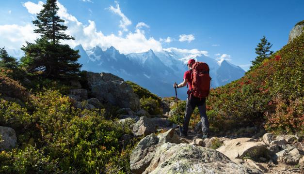 7 claves para una caminata en montaña y evitar lesiones